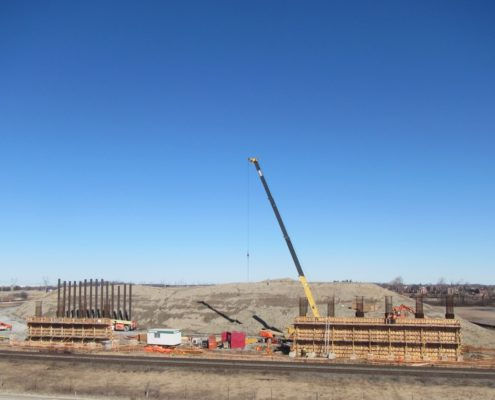 Construction de pon vers nord de McGillivray Rd